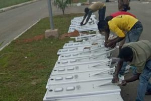 https://entelechyenergy.com/wp-content/uploads/2020/08/soalr-street-light-project-in-ghana5-300x200.jpg